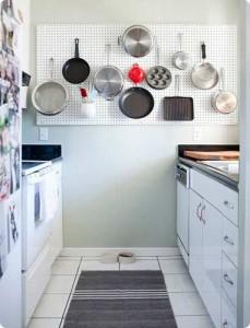 galley kitchen skillet rack
